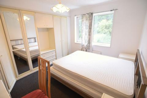 1 bedroom house share to rent - Staplefield Drive, Brighton