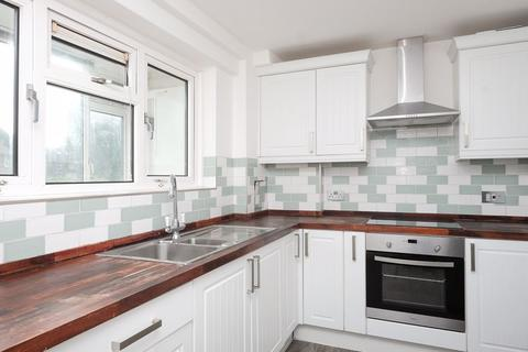 2 bedroom apartment to rent - Selsfield Drive, Brighton
