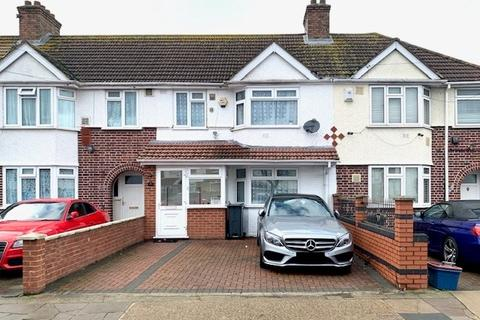 3 bedroom terraced house for sale - Waye Avenue, Hounslow, TW5