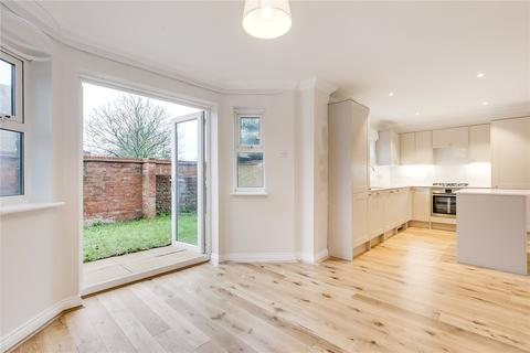 4 bedroom terraced house to rent - Clarence Mews, Clapham, London, SW12