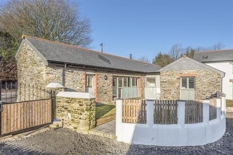 3 bedroom bungalow for sale - Trewinnow Court, Camelford