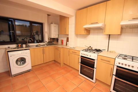 7 bedroom house to rent - Bulan Road, Headington