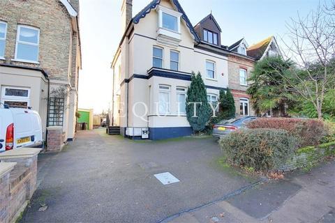 1 bedroom maisonette for sale - Chase Green Avenue, Enfield, EN2