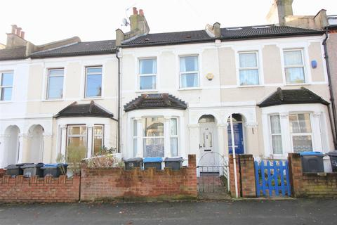 3 bedroom terraced house for sale - Westgate Road, London