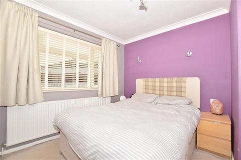 2 bedroom ground floor maisonette for sale - Windmill Close, Horley, Surrey