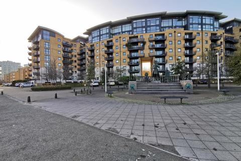 3 bedroom apartment to rent - Greenfell Mansions, Glaisher Street, Millennium Quay, SE8