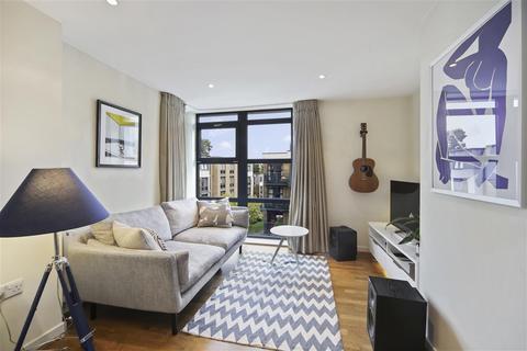 2 bedroom flat to rent - Knight House, Scott Avenue, SW15