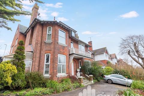 2 bedroom flat for sale - Preston Park Avenue, Brighton, East Sussex. BN1