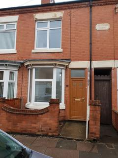 3 bedroom terraced house to rent - Gipsy Road, Leicester, LE4