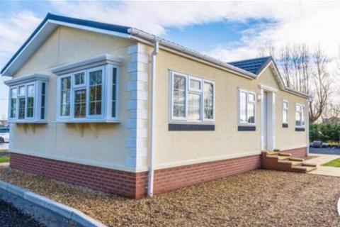 2 bedroom park home for sale - Plumtree Park, Nottinghamshire