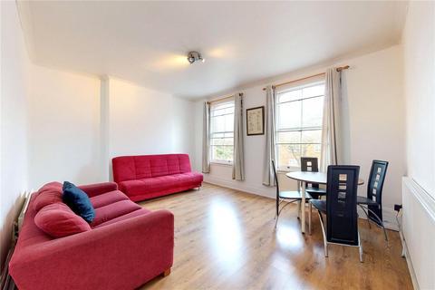 3 bedroom maisonette for sale - Chatsworth Road, London, E5