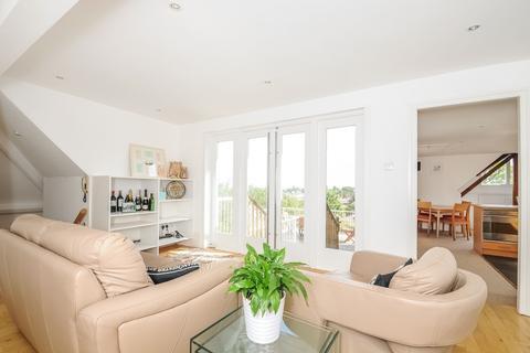 2 bedroom flat to rent - Putney Hill Putney SW15