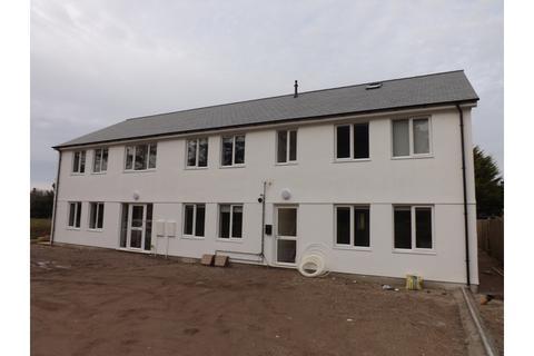 2 bedroom flat to rent - Pine Walk, Pool, Redruth
