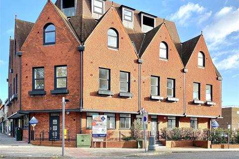 1 bedroom flat for sale - 185-187 London Road, Camberley, Surrey, GU15