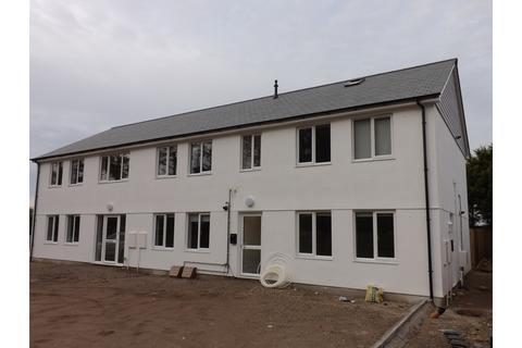 1 bedroom flat to rent - Pine Walk, Pool, Redruth