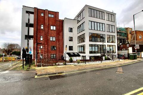 2 bedroom flat to rent - High Street, Newmarket CB8