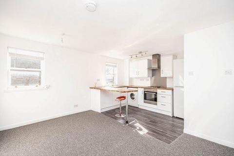 1 bedroom flat to rent - Heriot Street, Inverkeithing, Fife, KY11 1ND
