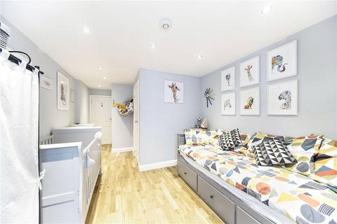 2 bedroom ground floor flat for sale - Eardley Road, London, SW16