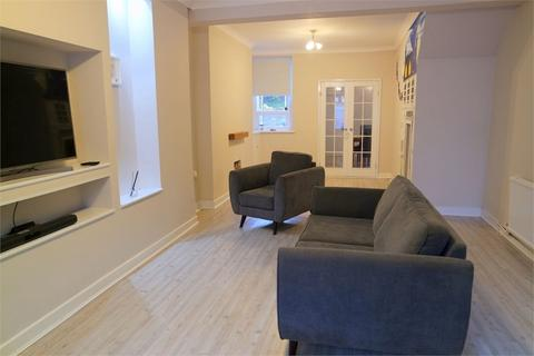 3 bedroom terraced house for sale - Castle Street, Maesteg, Mid Glamorgan