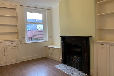 2 bedroom terraced house to rent - Vale Street, Barry, The Vale Of Glamorgan. CF62 6JQ
