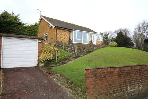 2 bedroom detached bungalow for sale - Upper Ratton Drive, Eastbourne, East Sussex, BN20