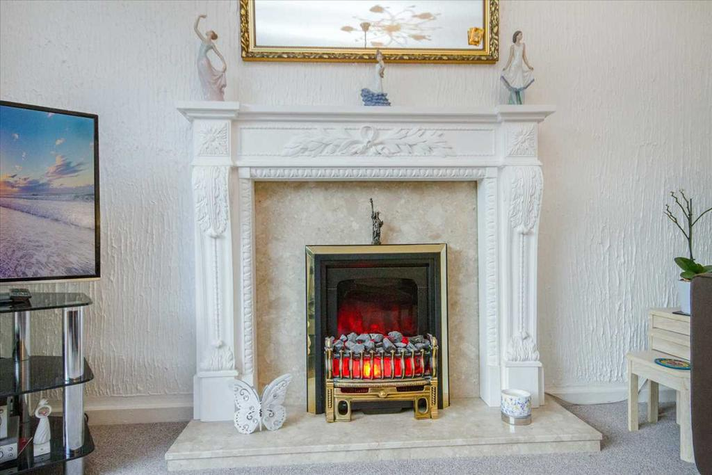 Lounge   Showing Fire Place