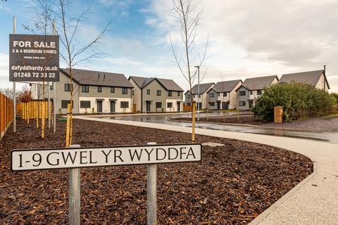 3 bedroom townhouse for sale - Gwel Yr Wyddfa, Llanfaelog, Isle of Anglesy, North Wales