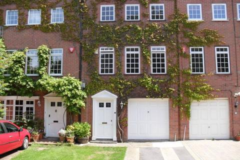 4 bedroom townhouse to rent - Malvern Road, Southsea, PO5 2NA