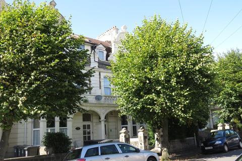 Studio to rent - Graham Road, Weston Supermare, BS23 1YA