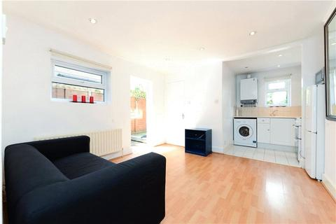 2 bedroom apartment to rent - Goldsboro Road, Vauxhall, London, SW8