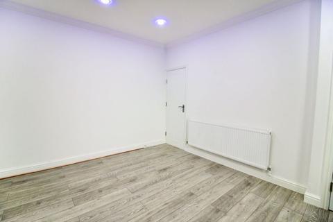 2 bedroom terraced house to rent - Mount Street, Huddersfield