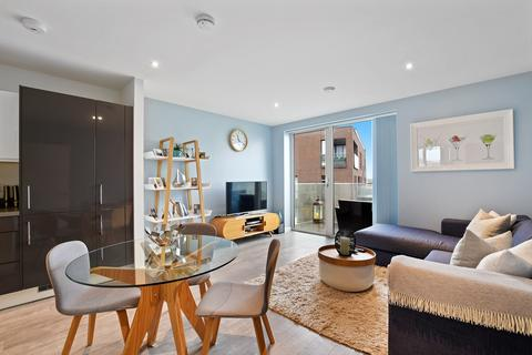 1 bedroom apartment for sale - Chandlers Avenue, London, SE10