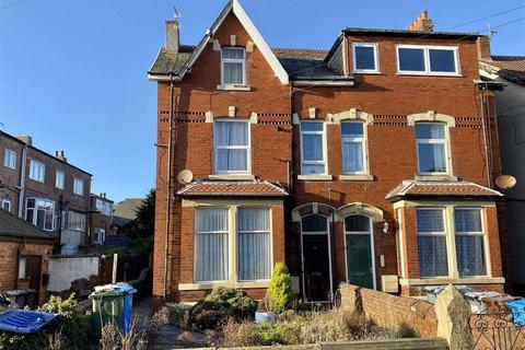3 bedroom semi-detached house for sale - Lightburne Avenue, St.Annes On Sea