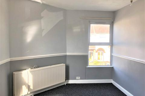 2 bedroom flat to rent - Hudds Hill, St.George, Bristol