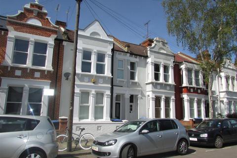 3 bedroom flat for sale - Charteris Road, Queens Park