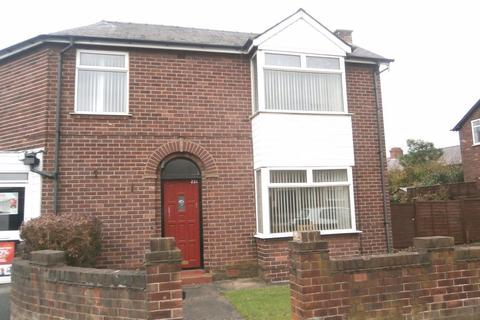 3 bedroom detached house to rent - Queens Avenue (23a)