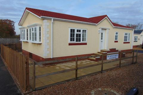 2 bedroom park home for sale - Main Road, West Winch