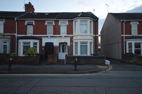 4 bedroom house to rent - Ferndale road
