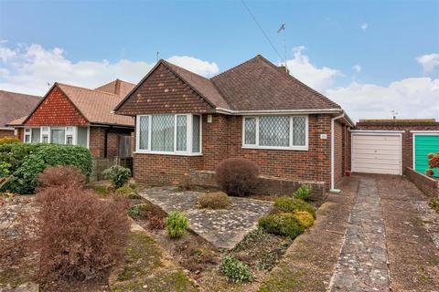 2 bedroom detached bungalow for sale - Upton Road, Tarring, Worthing