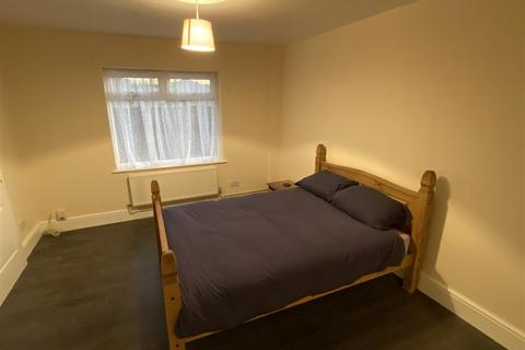 1 bedroom house share to rent - Travers Close, Knowle, Bristol