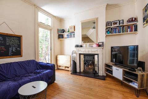 1 bedroom apartment to rent - Balvernie Grove Southfields SW18