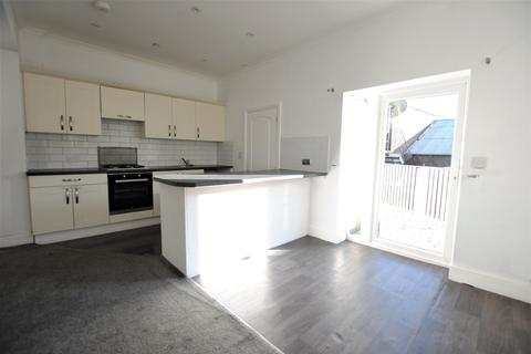 2 bedroom apartment for sale - Malcolm Road, Coulsdon