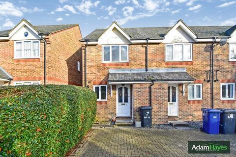 2 bedroom end of terrace house to rent - Earl Close, Friern Barnet, N11