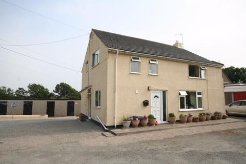 3 bedroom detached house for sale - Trearddur Bay, Anglesey