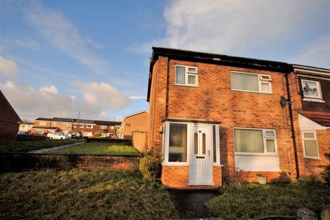 3 bedroom terraced house for sale - Wheatfield Close, Moreton