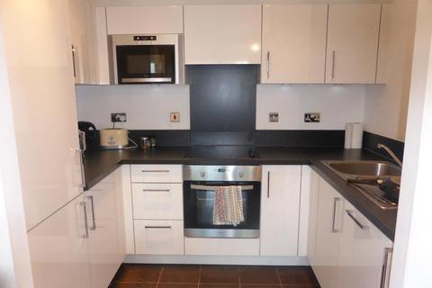1 bedroom flat to rent - Heron Place, 4 Bramwell Way, Royal Docks, London, E16 2FL