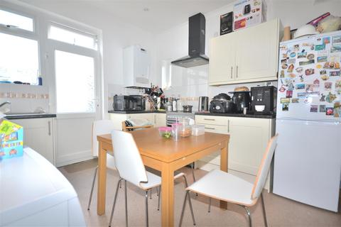 2 bedroom flat to rent - Cannon Hill Lane, Wimbledon Chase