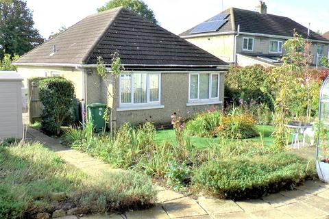 3 bedroom detached bungalow for sale - Jefferies Avenue, Upper Stratton, Swindon