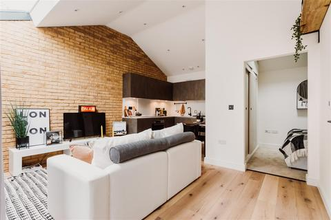 1 bedroom flat for sale - Ironworks Yard, Stroud Green