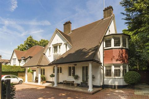 5 bedroom house for sale - West Heath Avenue, Golders Hill Park, NW11